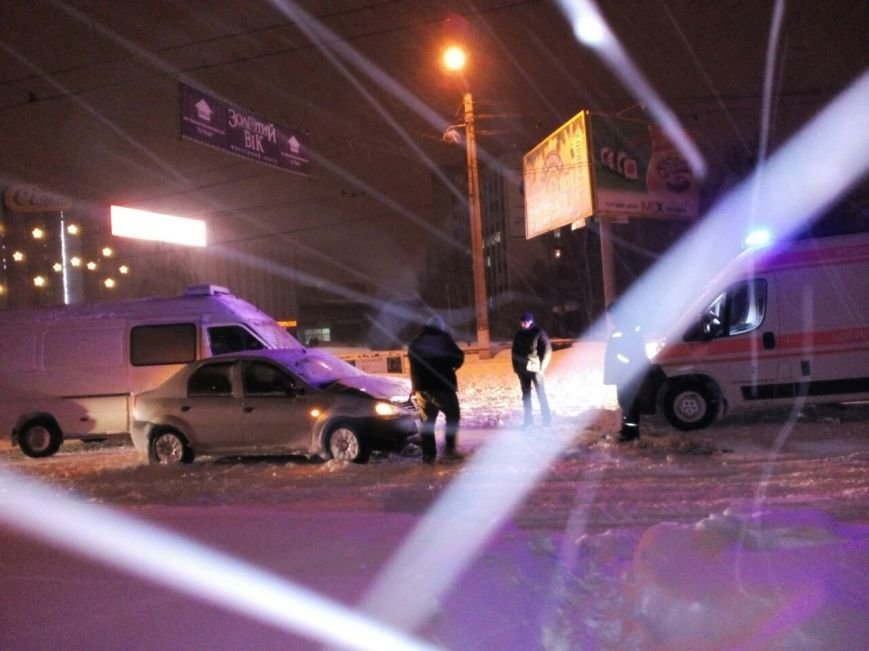 В центре Кировограда произошло ДТП (ФОТО), фото-3