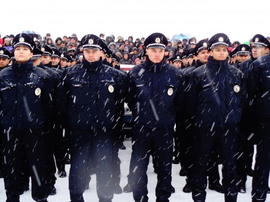 Новые патрульные приступили к работе: чего ждать Днепропетровску (фото) - фото 2