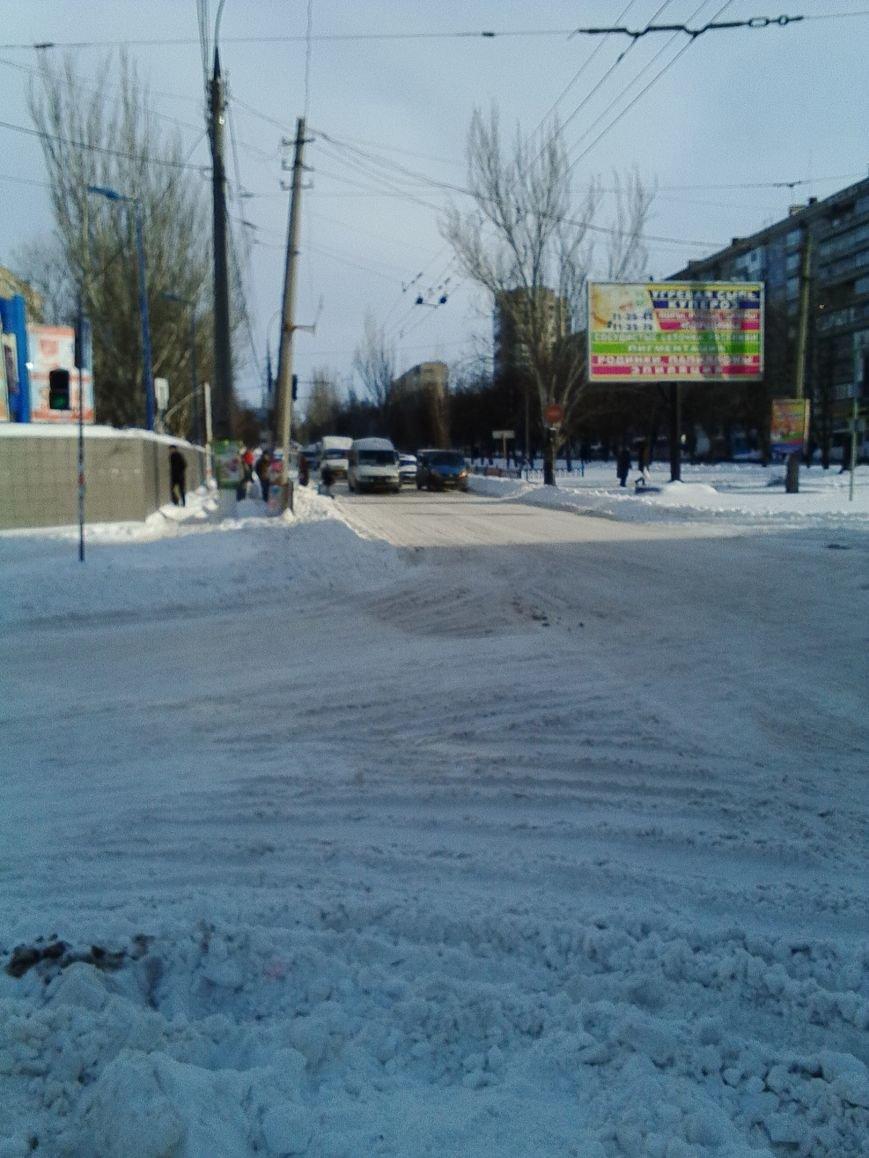 Третий день снежного коллапса в Николаеве: ситуация на дорогах города и области (Постоянно обновляется) (фото) - фото 1