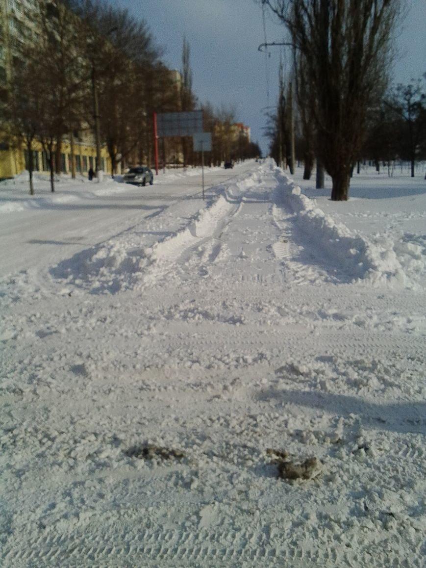 Третий день снежного коллапса в Николаеве: ситуация на дорогах города и области (Постоянно обновляется) (фото) - фото 5
