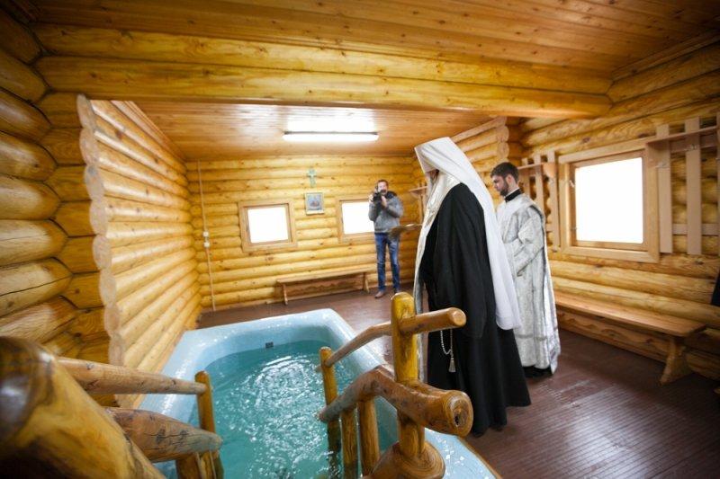 Тысячи ростовчан приняли участие в крещенских купаниях, фото-8