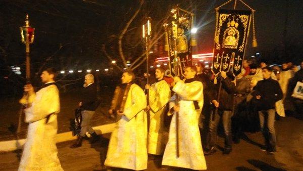 Тысячи ростовчан приняли участие в крещенских купаниях, фото-5