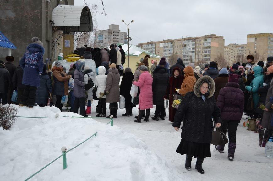 В храмах Днепродзержинска освятили воду в честь празднования Крещения, фото-10