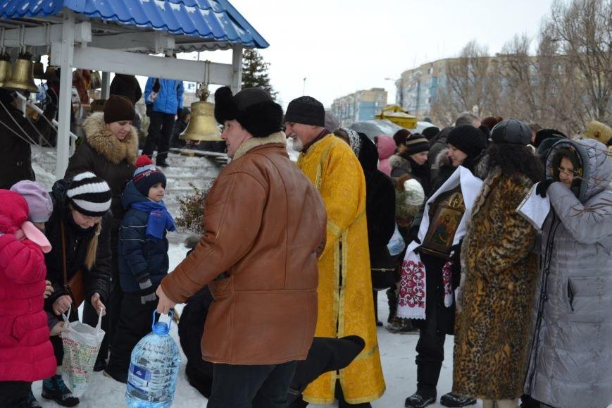 В храмах Днепродзержинска освятили воду в честь празднования Крещения, фото-1