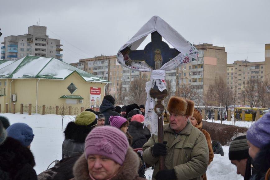 В храмах Днепродзержинска освятили воду в честь празднования Крещения, фото-3