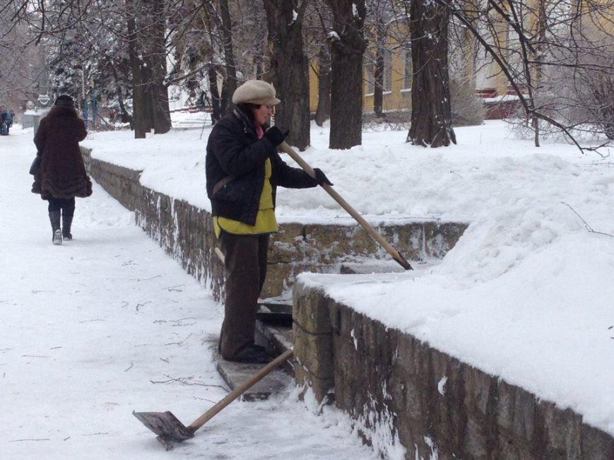 Днепропетровск превратился в сплошной каток для пешеходов (ФОТО) (фото) - фото 4