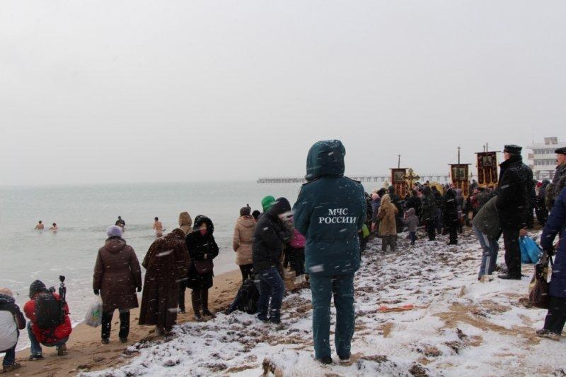 Крещенские купания в Крыму прошли без ЧП (ФОТО), фото-4