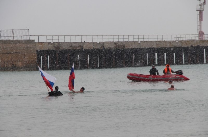 Крещенские купания в Крыму прошли без ЧП (ФОТО), фото-5