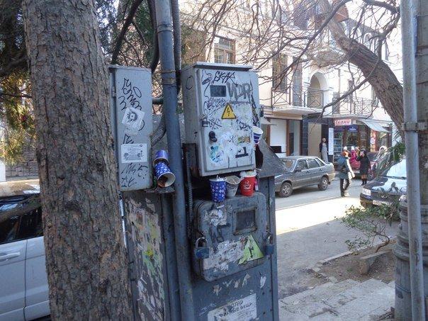 Улица Чехова в Ялте: пешеходная парковка-автобан, фото-17