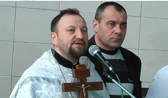 На крещение Днепропетровские полицейские погружались в бассейн (ФОТО) (фото) - фото 3