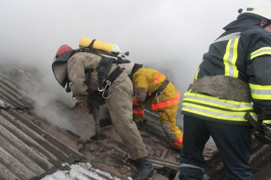 Запорожские спасатели вынесли из огня 72-летнюю женщину, - ФОТО (фото) - фото 3
