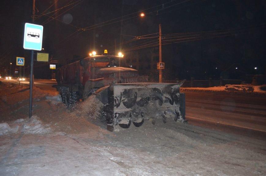 За неделю с территории Твери вывезли 63 тысячи кубометров снега (Фото) (фото) - фото 1