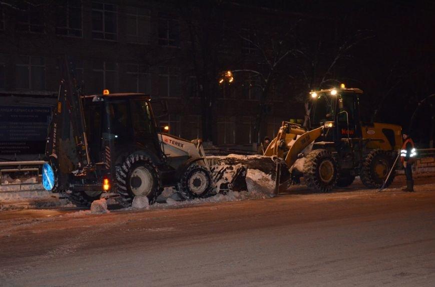За неделю с территории Твери вывезли 63 тысячи кубометров снега (Фото) (фото) - фото 3