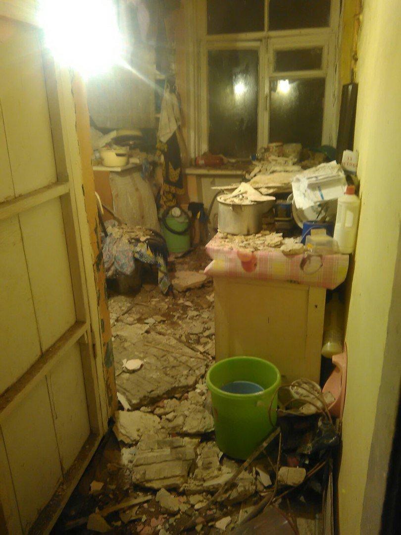 Вину за рухнувшую после капремонта крышу попытались возложить на ростовчан (фото) - фото 1