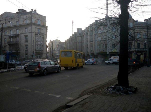 На вул. Вовчинецька - Васильянок - Гаркуші не працює світлофор (ФОТО) (фото) - фото 7
