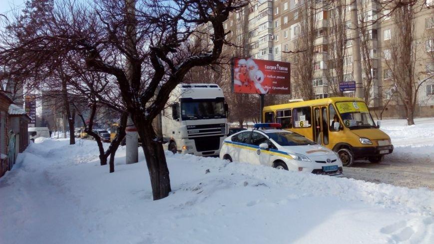 В Кировограде из-за неисправного грузовика образовалась огромная пробка. (ФОТО), фото-1