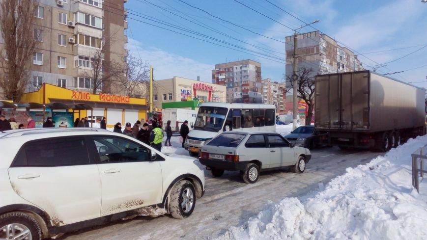 В Кировограде из-за неисправного грузовика образовалась огромная пробка. (ФОТО), фото-4