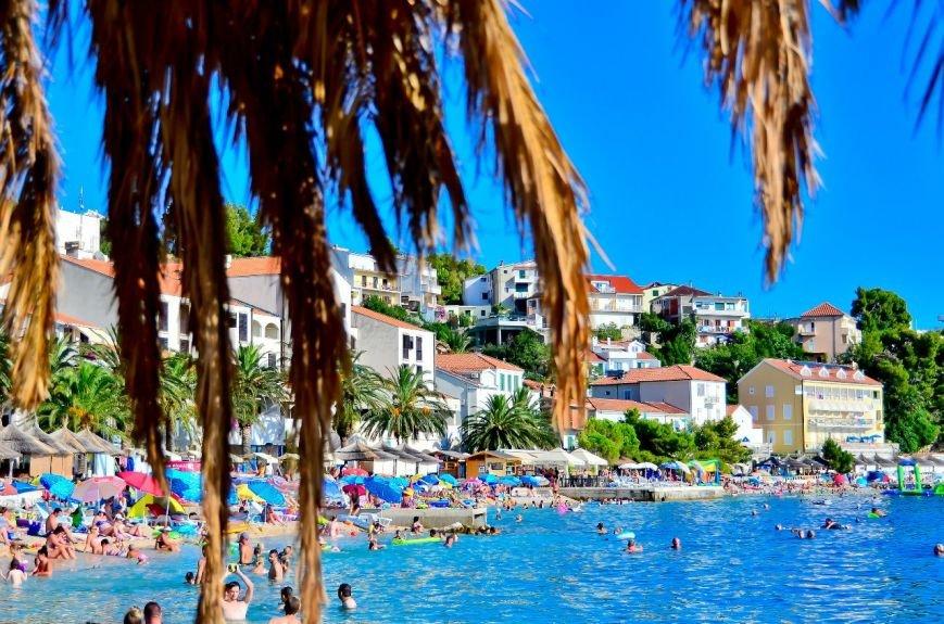 Специалист туристического агенства: «Люди выбирают бюджетный отдых, лишь бы слетать» (фото) - фото 1