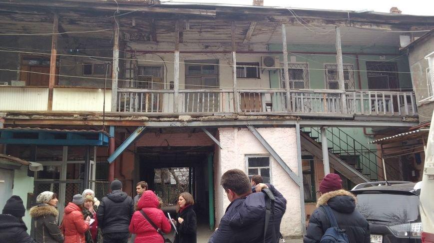 Нелогичные проблемы аварийных домов Ростова-на-Дону, фото-1