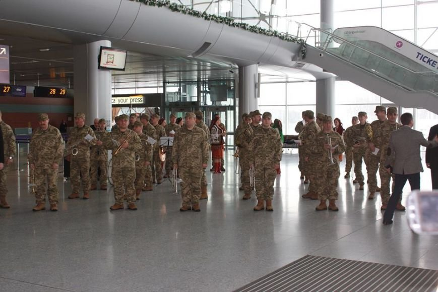 У Львові вшанували захисників Донецького аеропорту (ФОТО), фото-2