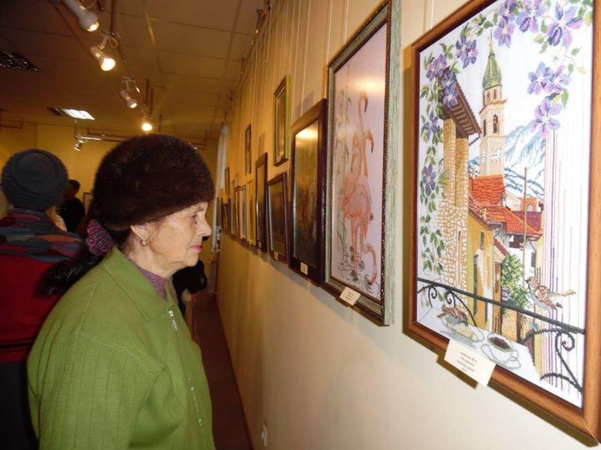 Бердянские умелицы восхитили своим мастерством посетителей БХМ (фото) - фото 7