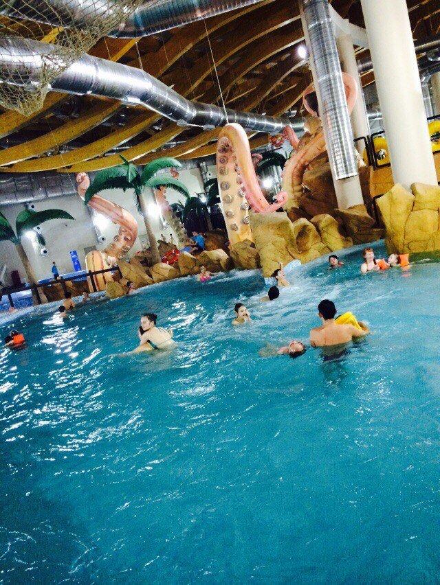 Пять горок, термозона, бассейны: мнение посетителей об аквапарке «Улет» (фото) - фото 1