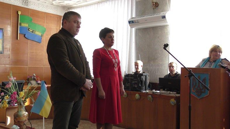 В Добропольской райгосадминистрации торжественно встретили День соборности Украины (ФОТО) (фото) - фото 1