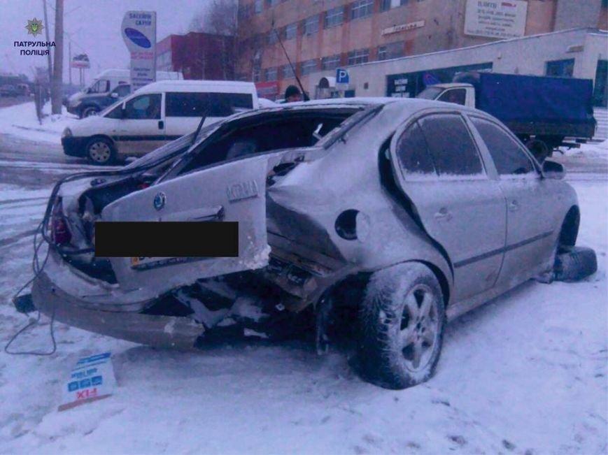 На вул. Пасічній водій автомобіля влаштував аварію і пішов з місця події  (ФОТО), фото-5