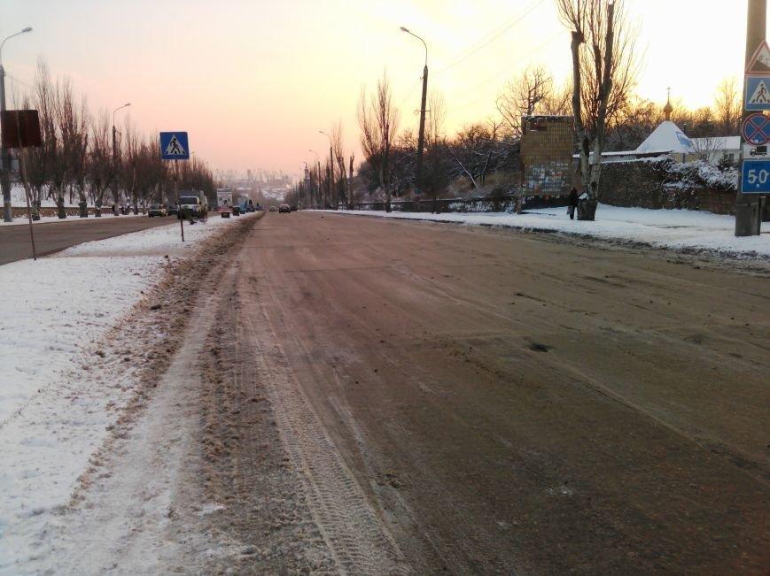 Как справляются бердянские коммунальщики с последствиями снегопада (ФОТОРЕПОРТАЖ), фото-7