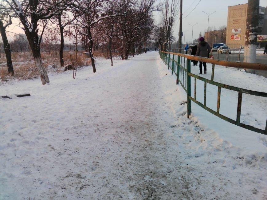 Как справляются бердянские коммунальщики с последствиями снегопада (ФОТОРЕПОРТАЖ), фото-4