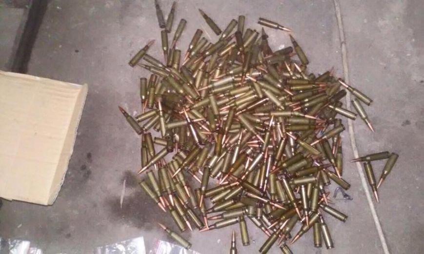 Стрельба на Днепропетровщине: наркоделец пытался скрыться от правоохранителей (ФОТО) (фото) - фото 2