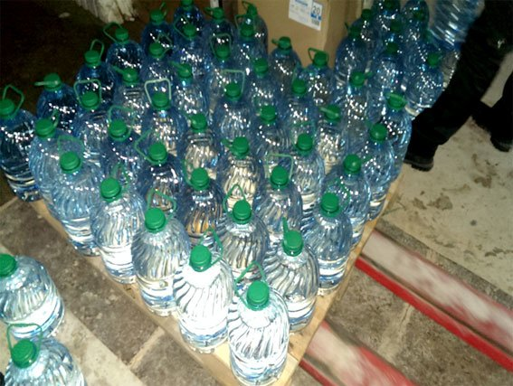 В Полтаве трое мужчин организовали подпольный цех по изготовлению алкоголя (фото) - фото 3