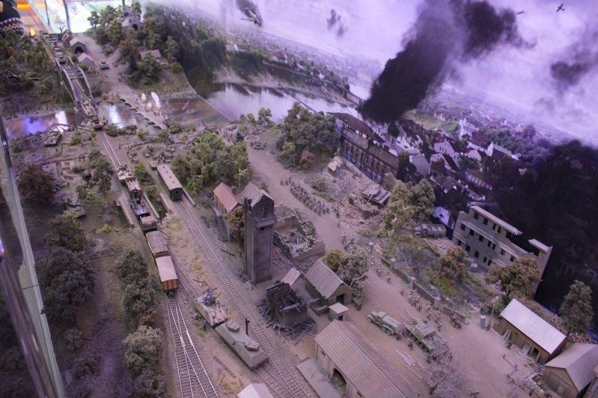 В поезде-музее каждый может побыть в роли машиниста локомотива, фото-2