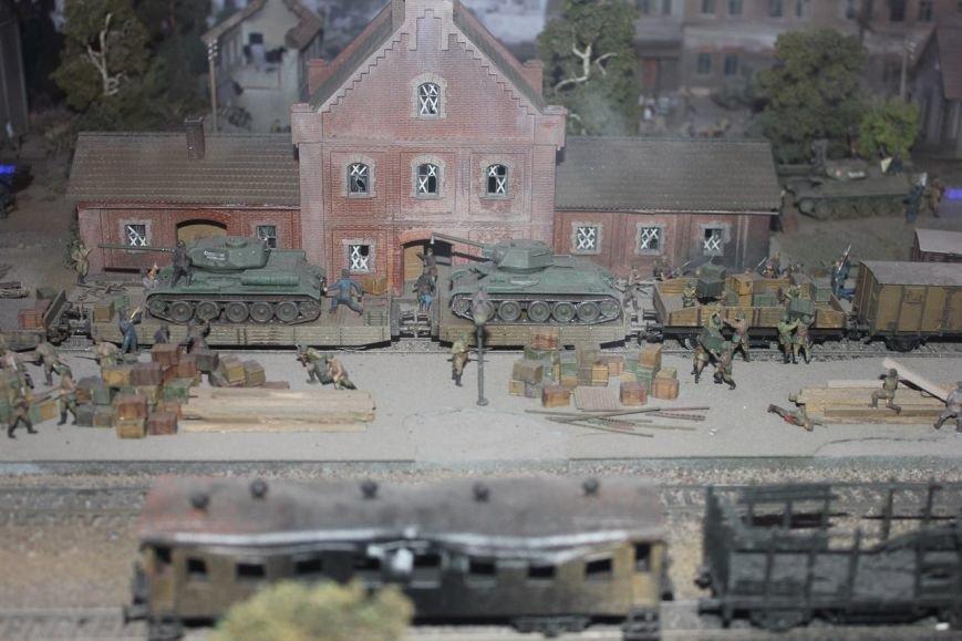 В поезде-музее каждый может побыть в роли машиниста локомотива, фото-5