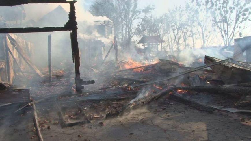 На Львівщині сталася пожежа у ресторані: подробиці (ФОТО), фото-1