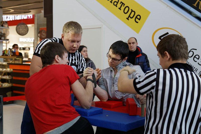 Ульяновцы сдали нормы ГТО с Ильей Авербухом и другими спортсменами. ФОТО, фото-10