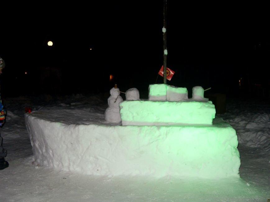 В Николаеве снежные гиганты стоят на страже детского веселья (ФОТОРЕПОРТАЖ) (фото) - фото 8