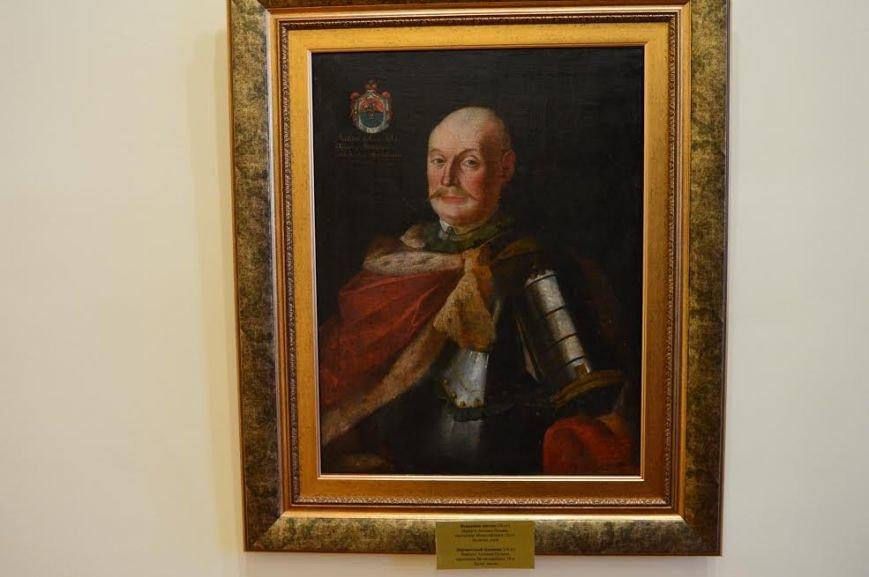 Слуцкие пояса и раритетные белорусские иконы 18 века можно увидеть на выставке в Витебске (фото) - фото 1