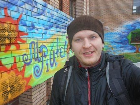 Художник из Краматорска: «Я хочу сделать мир ярче и дать людям возможность хоть на миг задуматься…» (фото) - фото 1