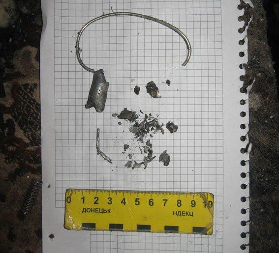В Артемовске-Бахмуте мужчина совершил разбой и подорвал гранату в доме с детьми (фото) - фото 1