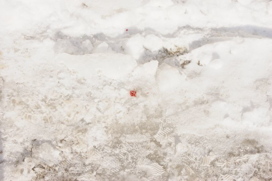 На месте покушения на Владислава Штефана в Одессе до сих пор кровь (ФОТО) (фото) - фото 1