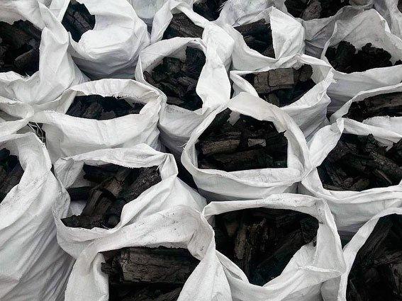 На Сумщине полиция разоблачила незаконное производство древесного угля на сумму 3,6 млн гривен (ФОТО) (фото) - фото 1
