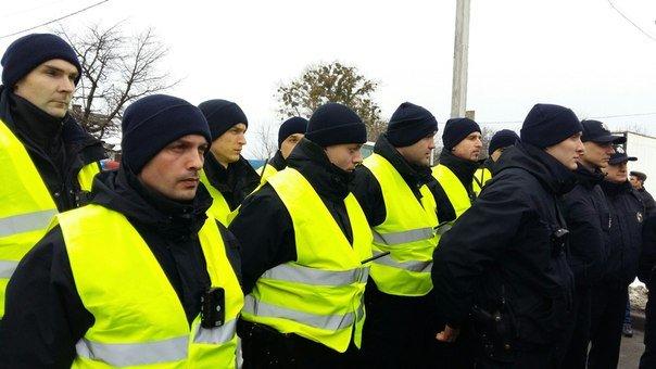 Сьогодні на Львівщині колишніх ДАІвців замінили патрульні поліцейські (ФОТОРЕПОРТАЖ ) (фото) - фото 2