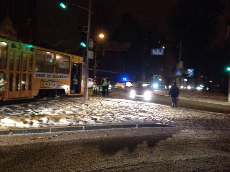 Через ДТП у Львові зупинилися трамваї (ФОТО) (фото) - фото 2