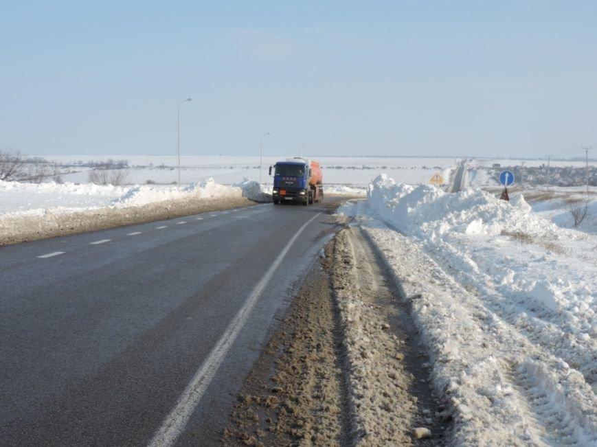 Движение на дорогах Николаевщины, ограниченное из-за снегопада, восстановлено (ФОТО) (фото) - фото 1