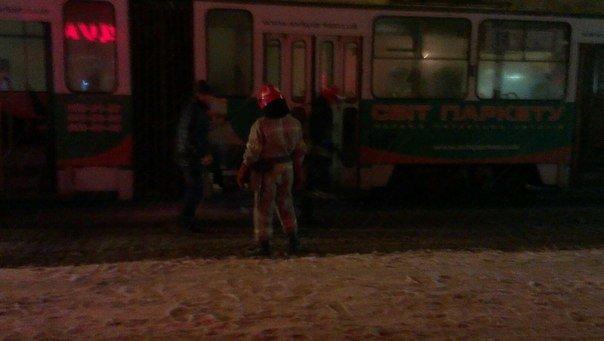 У Львові виникла пожежа у трамваї (ФОТО) (фото) - фото 1