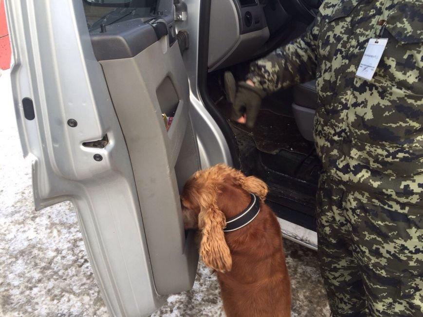 Из Украины пытались вывезти боеприпасы и комплектующие к оружию (ФОТО), фото-2