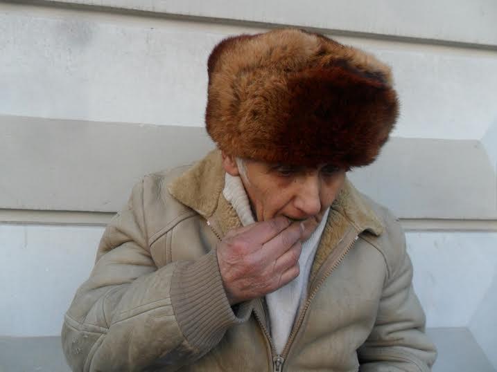 """""""Львів має талант!"""": 73-річний львів'янин дивує грою на… зелених листках (ФОТО+ВІДЕО), фото-1"""