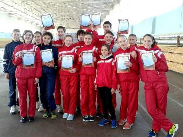 Ялтинские легкоатлеты привезли с крымских первенств 23 медали, фото-4