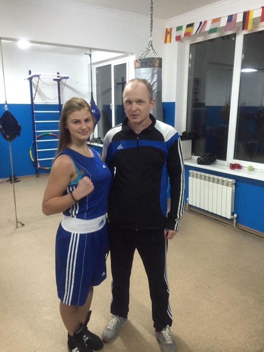 Ильичёвская спортсменка-боксёр выступила на Чемпионате Украины среди юниоров (+фото) (фото) - фото 1